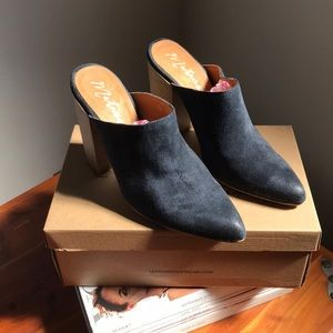 Matisse Navy Block Heel Cowboy Clog - NIB